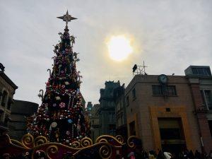 ユニバーサル・ワンダー・クリスマス ツリー昼